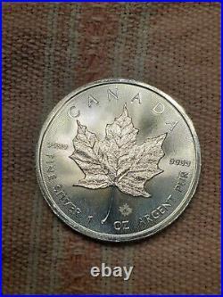 2019 canada 1 oz. Silver maple leaf lot of 25