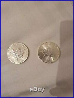 2 x Canadian 1 oz maple leaf 999.9 Silver Bullion Coins